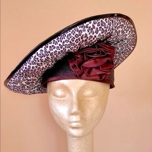 Sassy vintage straw hat with animal print